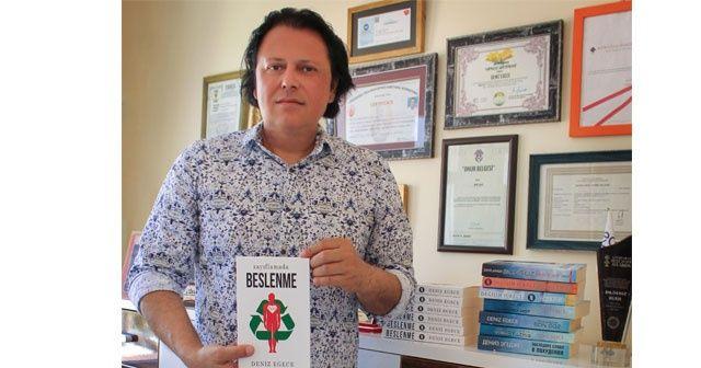 Ödüllü yazarın yeni kitabı 'Zayıflamada Beslenme' çıktı