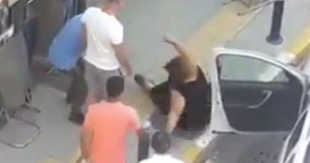 Park yeri yüzünden tartıştığı kadını yola savurdu
