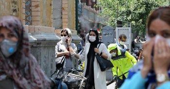 İran'da Kovid-19 nedeniyle son 24 saatte 221 kişi hayatını kaybetti