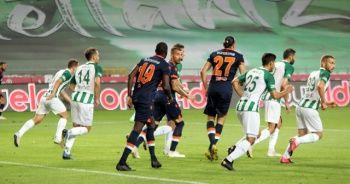 Başakşehir deplasmanda Konyaspor'a 4-3 yenildi