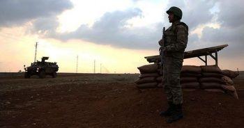 Mardin'de bir PKK'lı terörist güvenlik güçlerine teslim oldu