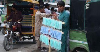 Pakistan'da ölü ve vaka sayısı 8 kat arttı