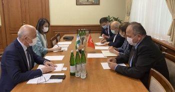 Türk doktorlar, Covid-19 ile mücadeleye destek için Özbekistan'da
