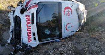 Yozgat'ta ambulans kaza yaptı