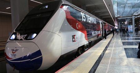 15 Temmuz Demokrasi ve Milli Birlik Treni ilk seferi için Ankara'dan İstanbul'a hareket etti