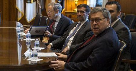 ABD Adalet Bakanı Barr'dan Amerikalı teknoloji devleri ve Hollywood'a Çin tepkisi