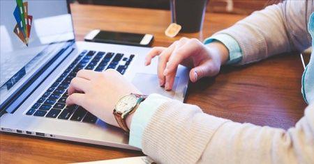 ABD yönetiminden online eğitime geçen üniversiteleredeki yabancı öğrencilere ilişkin karar