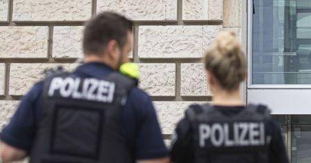 Almanya'da camiye saldırı planlayan aşırı sağcılara yönelik operasyon