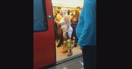Ankara metrosunda maske kavgası