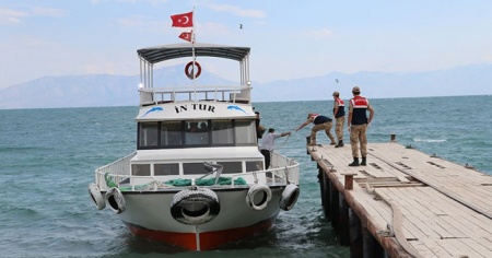 Batan teknede 1 kişinin daha cesedi bulundu