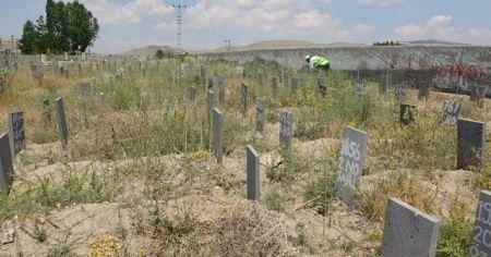 Batan teknede boğulanlar kimsesizler mezarlığına defnediliyor