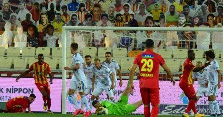 Beşiktaş deplasmanda Yeni Malatyaspor'u 1-0 yendi
