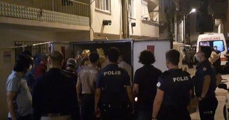 Bursa'da cinnet geçiren anne ve öldürdüğü çocukları toprağa verildi