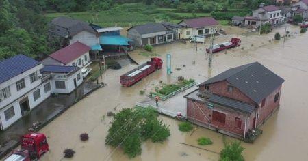 Çin'in Hunan eyaletini sel vurdu