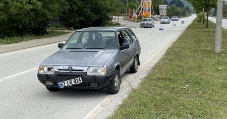 Dede ve toruna otomobil çarptı