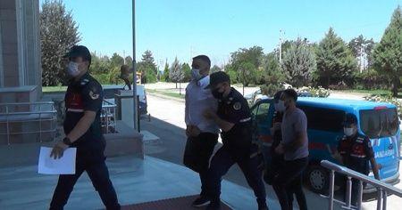Esrarla yakalanan şüpheliler tutuklandı