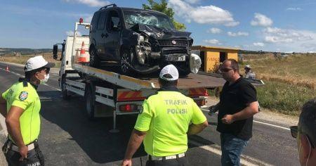 Hafif ticari araç eşek arabasına çarptı: 1 ölü