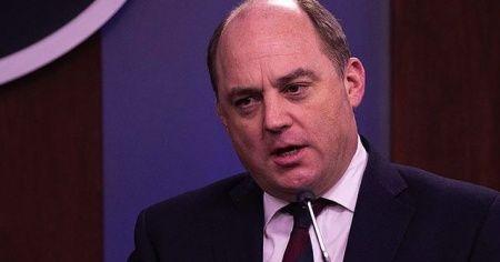 İngiltere Savunma Bakanı Türkiye'nin İHA'ları kullanışının 'oyun değiştirici' olduğunu söyledi