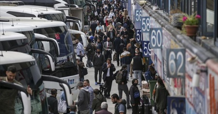 İstanbul'da normalleşmeyle şehirlerarası otobüs sefer sayısı günde 1150'ye çıktı