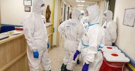 İtalya'da Kovid-19'dan ölenlerin sayısı 34 bin 899'a yükseldi