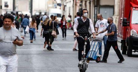 İtalya nüfusundaki gerileme sürüyor