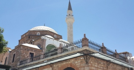 İzmir'de bir cami provokasyonu daha!