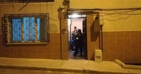 İzmir'de kaçak alkol içtiği iddia edilen kişi hastanelik oldu