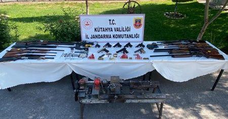 Kütahya'da kaçak silah operasyonu: 6 gözaltı