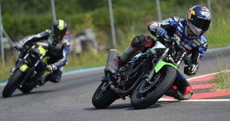 Milli motosikletçi yeni sezon için 'motorunu ısıtıyor'