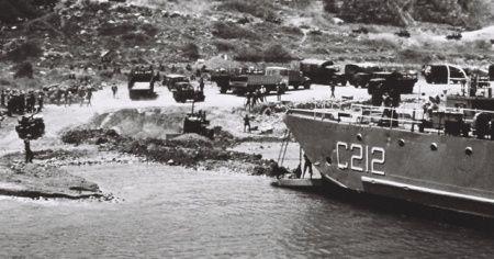 MSB'den Kıbrıs Barış Harekatı'nın 46. yılına özel tarihi fotoğraflar