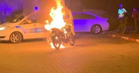 Öfkesini motorundan çıkardı