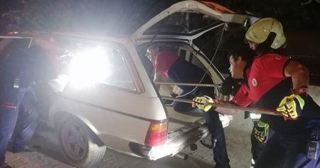 Otomobil bagajında yılan paniği