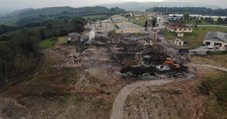 Patlama sonrası enkaz çalışmaları devam ediyor