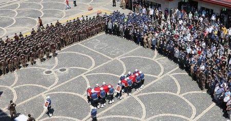 Siirt'teki operasyonda şehit olan 2 polis için tören düzenlendi