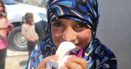 Suriyeli çocukların dondurma sevinci