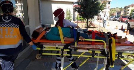 Traktör şarampole uçtu, baba kız ölümden döndü