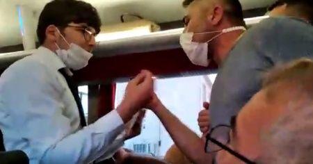 Yolda tüm koltukları doldurmak isteyince otobüste isyan çıktı