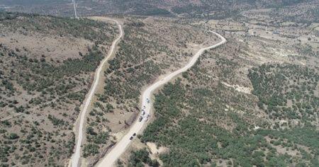 Yollar asfaltlanıyor, mesafeler kısalıyor