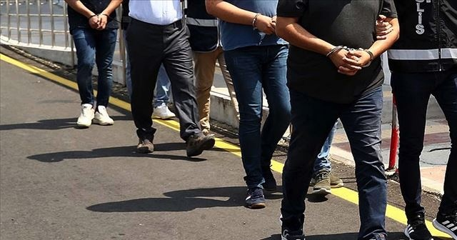 """Ankara'da FETÖ/PDY'nin """"gaybubet evleri""""ne operasyon: 7 gözaltı"""