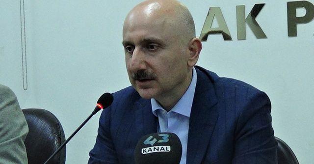 """Bakan Karaismailoğlu: """"Kara yollarımızın Türkiye genelinde bin 200 noktada çalışması var"""""""