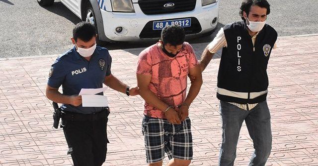 Denize çıplak giren kişi gözaltına alındı