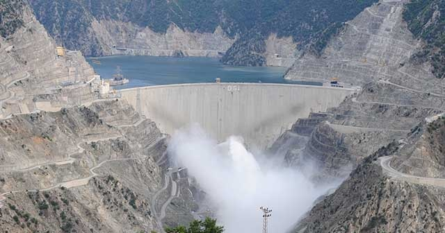 Deriner Barajı'ndan ekonomiye devasa katkı