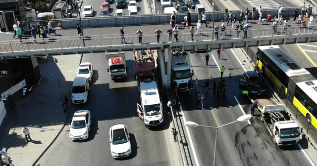 E-5'te trafiği kilitleyen kaza: 4 hafif yaralı
