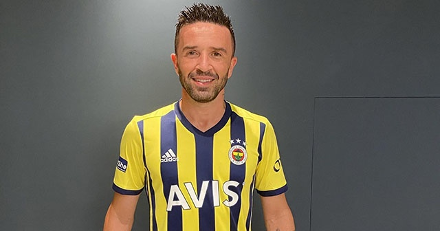 Fenerbahçe, Gökhan Gönül'ü kadrosuna kattığını açıkladı