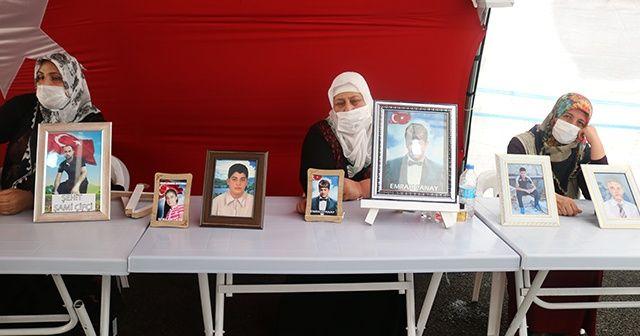 HDP önündeki ailelerin evlat nöbeti 338'nci gününde