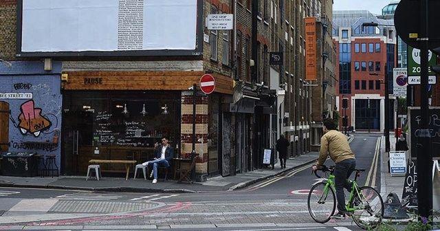 İngiltere'de 730 bin kişi işini kaybetti
