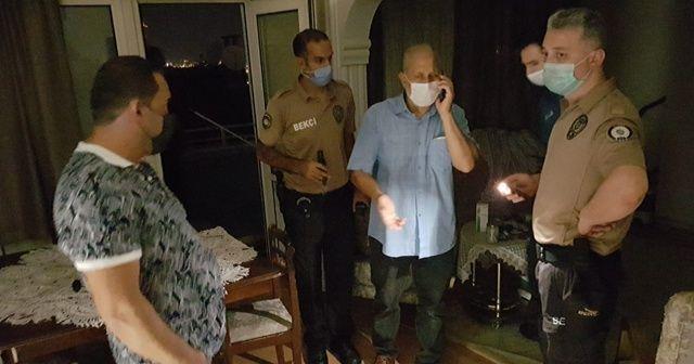 İntihar edeceğini söyledi polis ve itfaiye alarma geçip kapıyı kırdı