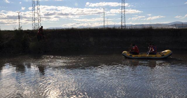 Kars Çayı'nda kaybolan çocuklar için Van'dan dalgıç ekip yola çıktı
