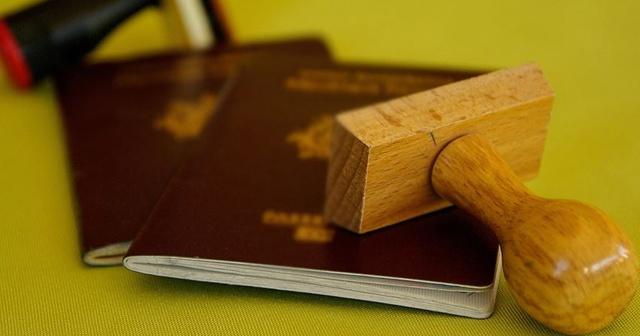 Kıbrıs Rum kesiminin onlarca suçlu ve kaçağa pasaport verdiği ortaya çıktı