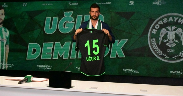 Konyaspor, Uğur Demirok ile 2+1 yıllık sözleşme imzaladı